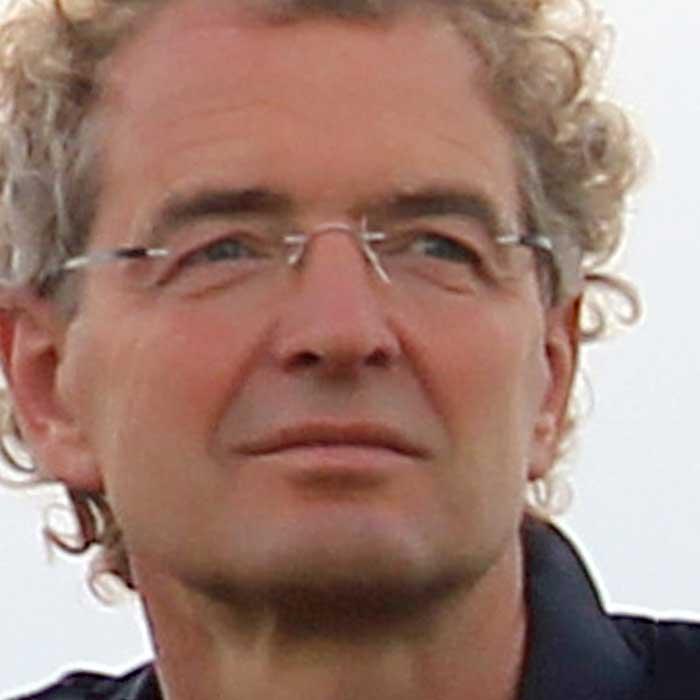 Dr. Michael Schacht